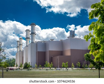 Gas-fired clean energy electrical plant with spectacular clouds