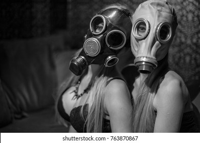 Gasmask fashion girls style photomodel bdsm beauty shoot