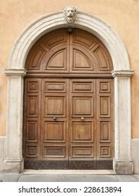 gate Renaissance