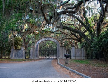 Gate to Wormsloe Plantation in Savannah Georgia