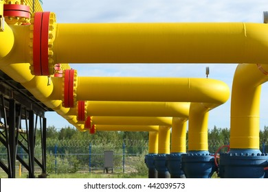 Gates on yellow gas pipes