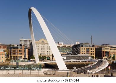 Gateshead Millennium Bridge / Classic view of of the pedestrian bridge showing its name