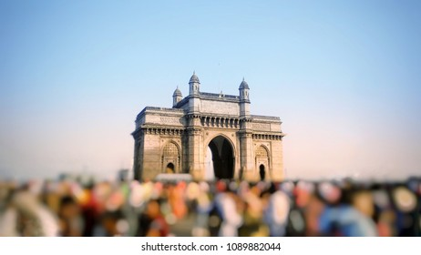 gateway of india in mumbai city