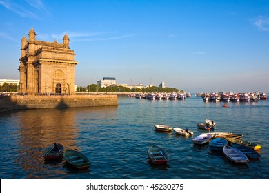 Gateway to India at Sunset in Mumbai, India.