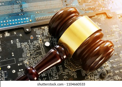 Gavel and electronic devices. Regulation of blockchain.