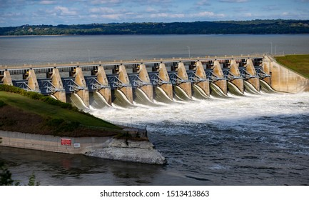 Gavins Point Dam, Gavins Point Dam is a hydroelectric dam on the Missouri River in Nebraska and South Dakota. Built from 1952 to 1957, it impounds Lewis and Clark Lake. 09/22/2019