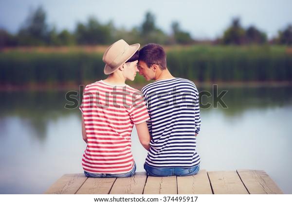 szabadban srácok randevúk
