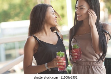 True Lesbian College sex action