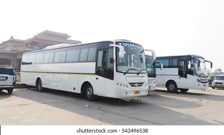 India Bus Images, Stock Photos & Vectors | Shutterstock