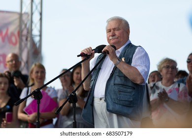 Gdansk, Poland, 22.07.2017 - former President of Poland Lech Walesa speaking during the demonstration supporting independence of the Polish judiciary and against the Law and Justice Party