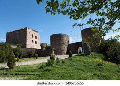 GEBZE, TURKEY: Eskihisar castle, which was used by the Ottomans in order to protect the harbor during the Byzantine period, is a place for tourists.April 21, 2012.