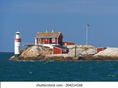 """""""gefveskaer"""" lighthouse on the Swedish westcoast"""
