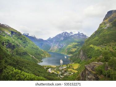Geiranger Fjord, Ferry, Mountains