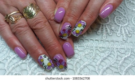 gel nails, painted