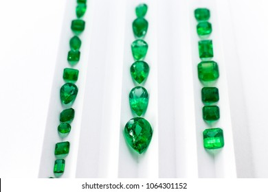 gemstones and emeralds jewelry