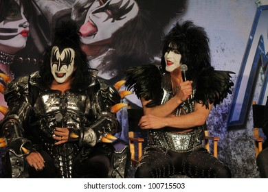 Gene Simmons, Paul Stanley at the KISS & Motley Crue Press Conference, Roosevelt Hotel, Hollywood, CA 03-20-12