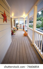 General overview of a porch in the fall