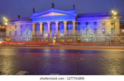 General Post Office, Dublin at Christmas night