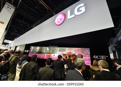 General view of attendees at LG Group stand at the 2016 International Consumer Electronics Show at the Las Vegas Convention Center January 6, 2016 in Las Vegas, Nevada