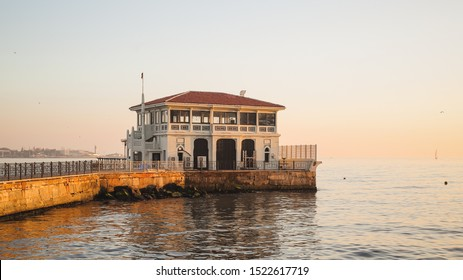 General view from Moda pier in istanbul.One of the symbols of Kadıköy, the historical Moda Pier built 100 years ago by architect - Shutterstock ID 1522617719