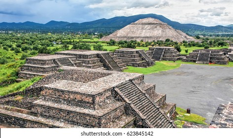 General view of the ruins in Teotihuacan - Mexico
