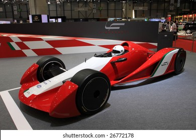 GENEVA - MARCH 7 : A Ferrari formula one F1 car on display at 79th International Motor Show Palexpo-Geneva on March 7, 2009 in Geneva, Switzerland. More than 130 vehicles were introduced.