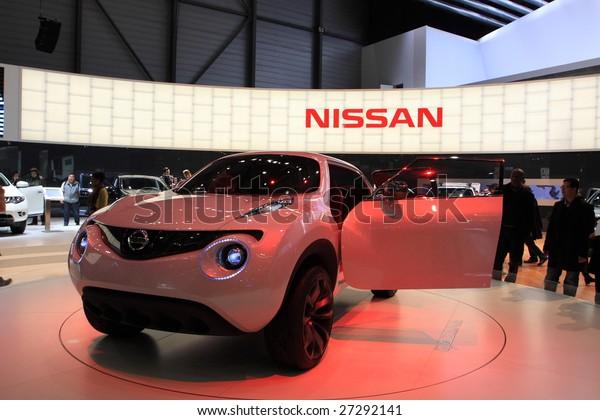 Geneva March 7 Nissan Qazana Concept Stock Photo Edit Now 27292141