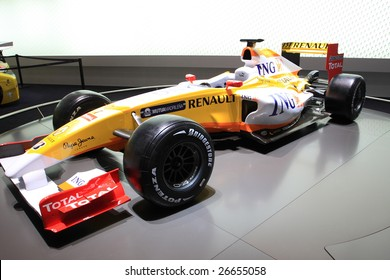 GENEVA - MARCH 7: A RENAULT formula one F1 car on display at 79th International Motor Show Palexpo-Geneva on March 07, 2009 in Geneva, Switzerland. More than 130 vehicles being introduced.