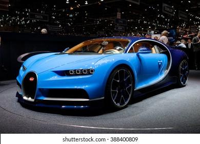 Imágenes Fotos De Stock Y Vectores Sobre Autos Azules