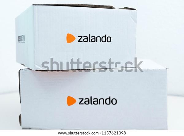 the best attitude 03dae 72752 Genevaswitzerland100818 Zalando Online Shopping Clothes Box ...
