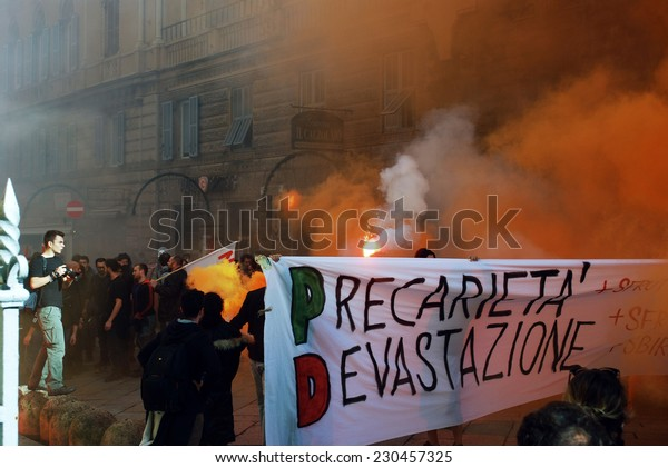 """GENOA, ITALY-NOVEMBER 14: general strike of students, temporary workers and workers against the labor policies of the government """"Renzi""""- Genoa, Italy on nov 14, 2014"""