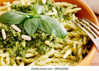 genovese pesto sauce pasta