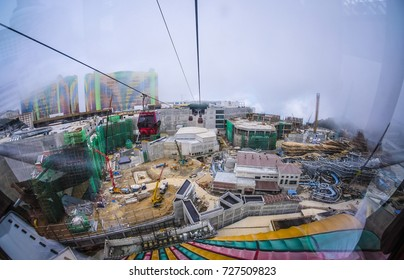 GENTING HIGHLAND, MALAYSIA - OCTOBER 3, 2017: Awana Skyway cable car, one of Genting Highland's with contruction Genting Theme park