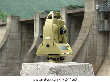 Geodetic measuring instrument on pillar for monitoring of deformations