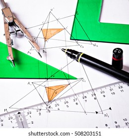 Geometric elements, compass and rulers