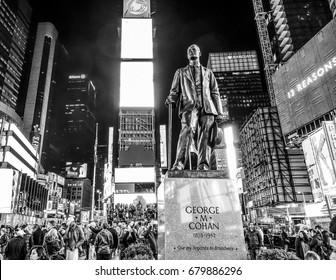George M Cohan statue at Time Square Manhattan - Broadway New York - MANHATTAN / NEW YORK - APRIL 2 , 2017