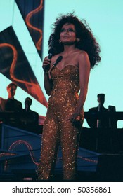 GEORGE, WA - AUG 31: Singer Diana Ross performs on stage at The Gorge Amphitheater August 31, 1991 in George, Wa.