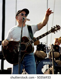GEORGE, WA - JUNE 13: Singer and guitar player Paul Simon performs on stage at The Gorge Amphitheater June 13, 1999 in George, Wa.