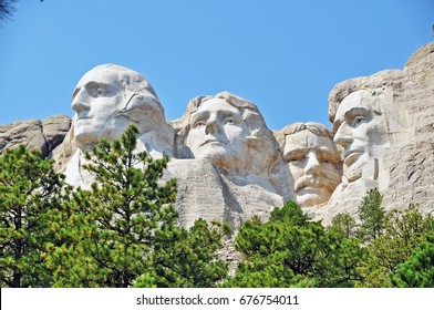 George Washington, Thomas Jefferson, Theodore Roosevelt, and Abraham Lincoln at Mt, Rushmore National Memorial in South Dakota