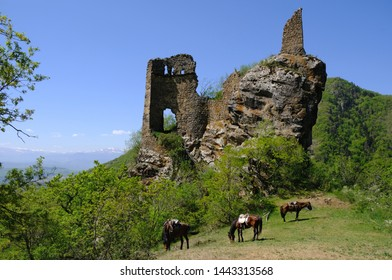 Georgia, Borjomi National Park  Kharagauli - horseback trip to the ruins of the castle in the mountains