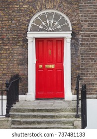 GEORGIAN RED DOOR - DUBLIN, IRELAND