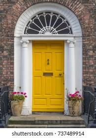 GEORGIAN YELLOW DOOR - DUBLIN, IRELAND