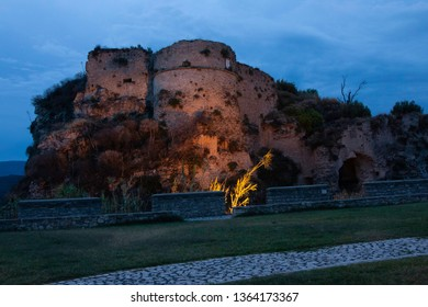 Gerace is an Italian municipality in Calabria. In 2015 he won the 7th place among the 20 most beautiful villages in Italy. It has a medieval setting, is located within the Aspromonte National Park.