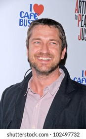 """Gerard Butler  at the Artists for Peace and Justice """"Artists for Haiti"""" benefit, Track 16 Gallery, Santa Monica, CA. 01-28-10"""