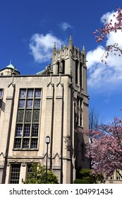 Gerber-ding hall is a replica of a castle in Europe, located at the university of Washington, in Seattle, Washington, USA