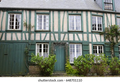 GERBEROY, FRANCE, APRIL 16,  2017 : old houses in typical Gerberoy village, april 16, 2017, in  Gerberoy, Oise, France