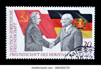 GERMAN DEMOCRATIC REPUBLIC - CIRCA 1972 : Cancelled postage stamp printed by German Democratic Republic, that shows Leonid Brezhnev and Erich Honecker, circa 1972.