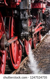 German Steam Locomotive, Rod drive of a steam locomotive