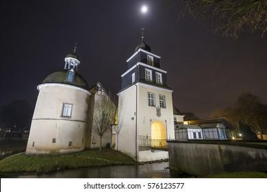 german water castle haus martfeld at night