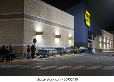 GERMANTOWN - NOVEMBER 26: Best Buy black friday shoppers start camp out at 12AM  November 26 2010, MD, 2010 in Germantown, Maryland